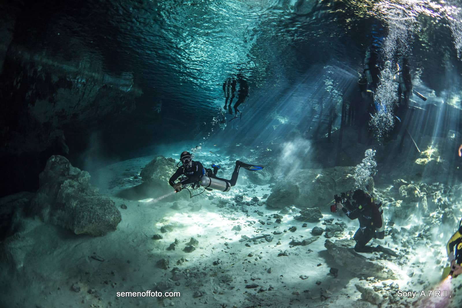 diving_v_cenote